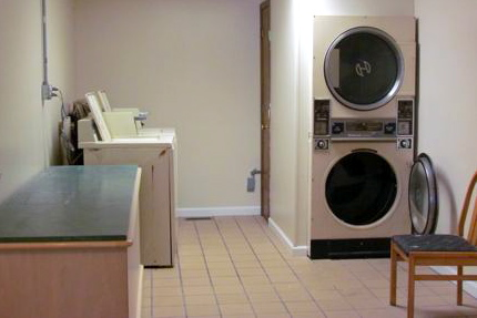 Williamstown Apts Coin Operated Laundry | KBI Real Estate, LLC